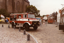 AR-0037-065 Haamstede. Ring. Brandweerwagen tijdens demonstratie van blusmiddelen