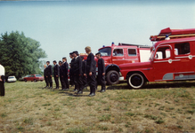 AR-0037-159 Haamstede. Kloosterweg. Overdracht van de nieuwe Mercedes brandweerauto ter vervanging van de uit 1960 ...