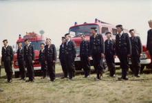 AR-0037-161 Haamstede. Kloosterweg. Overdracht van de nieuwe Mercedes brandweerauto ter vervanging van de uit 1960 ...