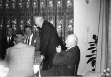 B-0441 Bruinisse. 25-jarig jubileum van A. M. Jumelet als brandweercommandant en S.J.P. Jumelet als lid van de ...