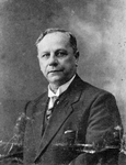 BRU-2410A Bruinisse. Dr. Albertus Johannes de Kock, (huisarts te Bruinisse,1899-1939). Overleden te Bruinisse in 1955, ...