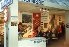 BRU-2493 Amsterdam. RAI. Watersporttentoonstelling HISWA. Een kijkje in het paviljoen van de Grevelingenpresentatie