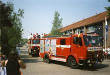 BRU-2672 Bruinisse. Locatie onbekend. 50 jaar bevrijding. Ook de jeugd-brandweer was paraat in de optocht