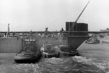 D-0275A Nieuwerkerk / Stevensluis. Sluiting van het dijkgat.