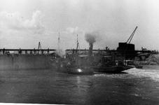 D-0275C Nieuwerkerk / Stevensluis. Sluiting van het dijkgat.