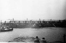 D-0276D Nieuwerkerk / Stevensluis. Sluiting van het dijkgat.