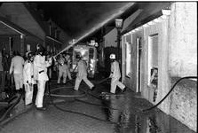 JVH-0020 Brouwershaven. Molenstraat. Uitslaande brand in het woonhuis van de 60-jarige P.R.J. De bewoner liep ...