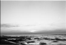JVH-0203 Scharendijke. Brouwersdam. Uitzicht op de Grevelingen vanaf de Brouwersdam.