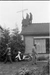 JVH-1565 Scharendijke. Elkerzeeseweg. De brandweerkorpsen van Middenschouwen en Kerkwerve rukken uit voor een ...