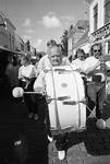 JVH-5165 Zierikzee. Locatie onbekend. Een muziekgezelschap vrolijkt de boel op tijdens de vierde Toeristendag.