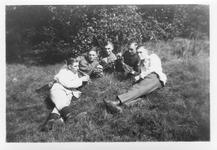RK-0002 Haamstede. Een aantal leden van het Luftwaffe Baubataljon op Vliegveld Haamstede.