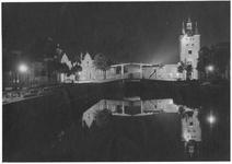 RK-0440 Zierikzee. Beide havenpoorten, stadszijde. Links: Noordhavenpoort, rechts: Zuidhavenpoort.