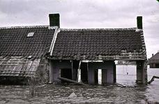 RK-1517 Nieuwerkerk. Stationstraat. Links de woning van J. Sijrier, met daarnaast de (open)woning van wed. J. ...