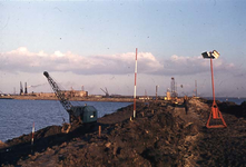RK-1772 Ouwerkerk. Watersnoodramp 1953. Herstelwerkzaamheden.