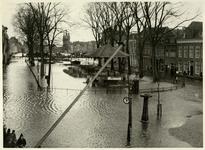 RK-1983 Zierikzee. Havenpark. Het plein is ondergelopen als gevolg van een springvloed.