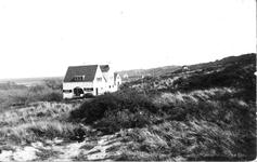 WA-1152 Westenschouwen Kraaijesteinweg Tussen 1915 en 1930 werden midden in opgaande westerduinen aan de rand voor het ...