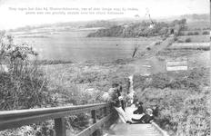 WA-1167 Westenschouwen. Steenweg. De binnentrap van de strandovergang die in 1911 door het waterschap werd aangelegd. ...