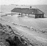 X-1646 Omgeving Burghsluis. Noodboerderij bij de Plompetoren.