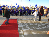 X-2668 Bruinisse. Nijverheidsweg. Opening sportpark Volharding , genoemd naar de voorgangers van de huidige gebruikers ...