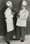 X-4035 Zierikzee. Links: N.N. Rechts: bakker Willem Gerard Potappel (Zierikzee 23-05-1906. idem 21-08-1982)