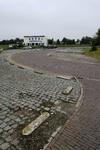 X-4850 Bruinisse. Zijpe. Parkeerterrein bij de voormalige veerhaven van de pont Zijpe-Anna Jacobapolder. De laatste ...