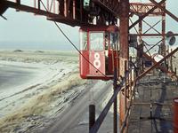X-4851 Bruinisse. Grevelingendam. Een kijkje vanaf de kabelbaan bij de aanleg van de Grevelingendam