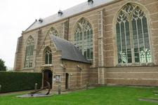 X-5485 Brouwershaven. Sint Nicolaaskerk. Driebeukig bakstenen gebouw daterend uit 16e eeuw met een oudere kap