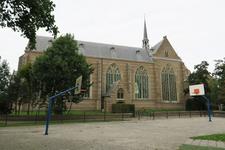 X-5486 Brouwershaven. Sint Nicolaaskerk. Driebeukig bakstenen gebouw daterend uit 16e eeuw met een oudere kap
