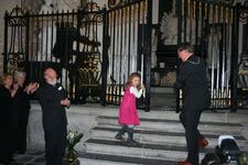 X-5699 Dreischor. Ring. Nederlands Hervormde Kerk (Adriaanskerk). Opening opgeknapte grafkapel met gerestaureerde ...