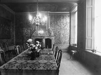ZM-0326 Zierikzee. Poststraat 45. Interieur Regentenkamer. Sinds 1863 Burgerweeshuis. Het gebouw dateert uit omstreeks 1730.