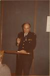 122 Brandweercommandant E.L. de Vriend houdt een toespraak tijdens de viering van zijn 25-jarig lidmaatschap van de ...
