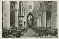 HUL-P-4 Interieur van de Sint Willibrordusbasiliek aan de Steenstraat te Hulst