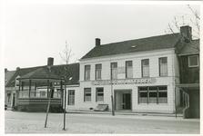 KOR-28 Hotel-Café-Restaurant De Stadswynkelder aan de Hoofdstraat te Kortgene