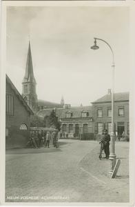 NVM-P-37 De Achterstraat met zicht op de Rooms-katholieke kerk te Nieuw-Vossemeer
