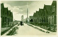 SPL-16 De Emmastraat te Sint Philipsland met op de achtergrond de watertoren