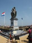 55413 Op dinsdag 5 juli 2011 wordt het standbeeld van M.A. de Ruyter na een restauratie voor de derde keer onthuld op ...