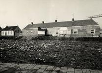 20811 Het hofje van Quack of Zeemanserve, gesticht door mej. Cornelia Quack, weduwe van Carel Nijs in 1643. De ...