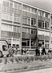 209 In de Paul Krugerstraat, ter hoogte van de maisonettewoningen, brandde tegen de gevel van de woningen een bromfiets uit