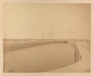 22268 Werkzaamheden i.v.m. haven-, kanaal- en spoorwegwerken te Vlissingen. Binnenvloeddeuren van de grote schutsluis ...