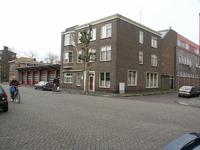 36395 De brandweerkazerne in de Van Dishoeckstraat in Vlissingen. Rechts de Van de Spiegelstraat