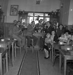41567 Bellamypark 8 aan de oostzijde, interieur Nout's cafetaria , Eigenaar A. Leijnse