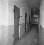 43368 De cellen in het oude politiebureau in de Breestraat in Vlissingen, gebouwd in 1910