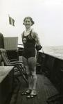 45281 Eén der deelnemers aan de Scheldebeker zwemwedstrijd van Breskens naar Vlissingen.