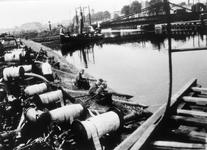 52547 Tweede Wereldoorlog. Brandweeroefening aan het Kanaal door Walcheren bij de Keersluis