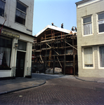 53603 Sloop van het politiebureau in de Breestraat in Vlissingen, bouwjaar 1910 en nieuwbouw in de Molenstraat, hoek ...