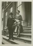 55888 Huwelijksfoto van Pieter Maas (geb. 8-4-1903 te Koudekerke) en Hendrika Bassie (geb.8-1-1908 te Middelburg) . De ...