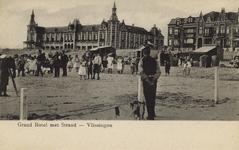 56782 'Grand Hotel met Strand - Vlissingen'. Badstrand en het Grand Hotel des Bains (later Britannia) op Boulevard Evertsen