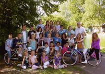 57194 Groep 4A van CBS De Wissel aan de Flamingoweg en aan de Kleiweg. Schooljaar 2009-2010.Bovenste rij van l. naar ...