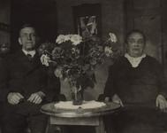 57650 Johannes van der Hout (geb. 7-7-1882 te Vlissingen en overl. 16-7-1960 te Vlissingen) en Maria Cornelia Jansen ...