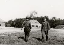 5766 Tweede Wereldoorlog. Duitse militairen op het vliegveld